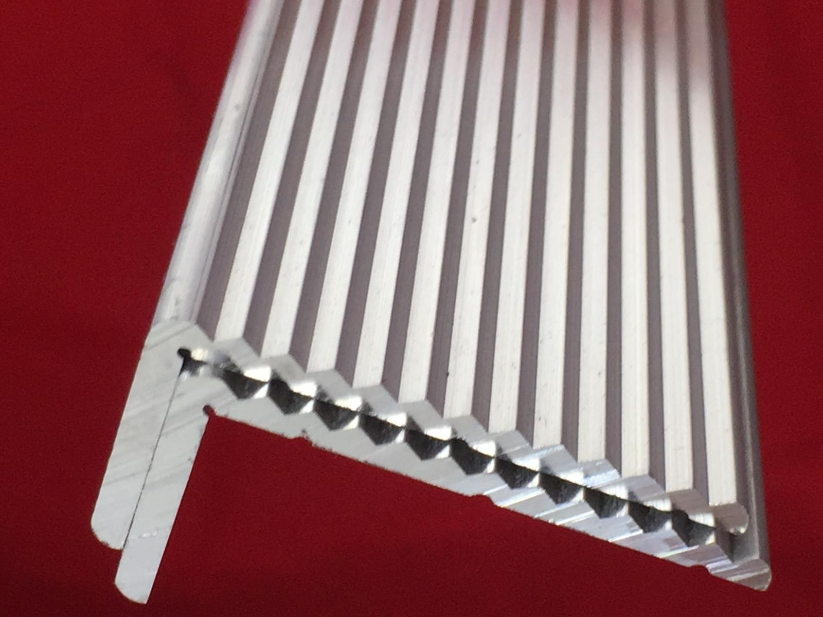 Aluminium angle fluted multi fluted anti slip trim stair for A decoration none