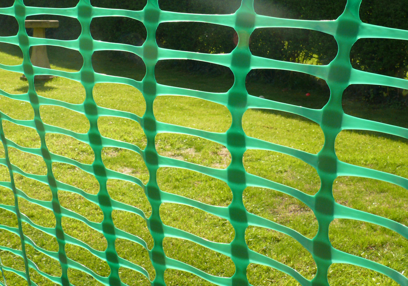 Heavy Duty Barrier Fencing Mesh 1m X 50m Green Plastic