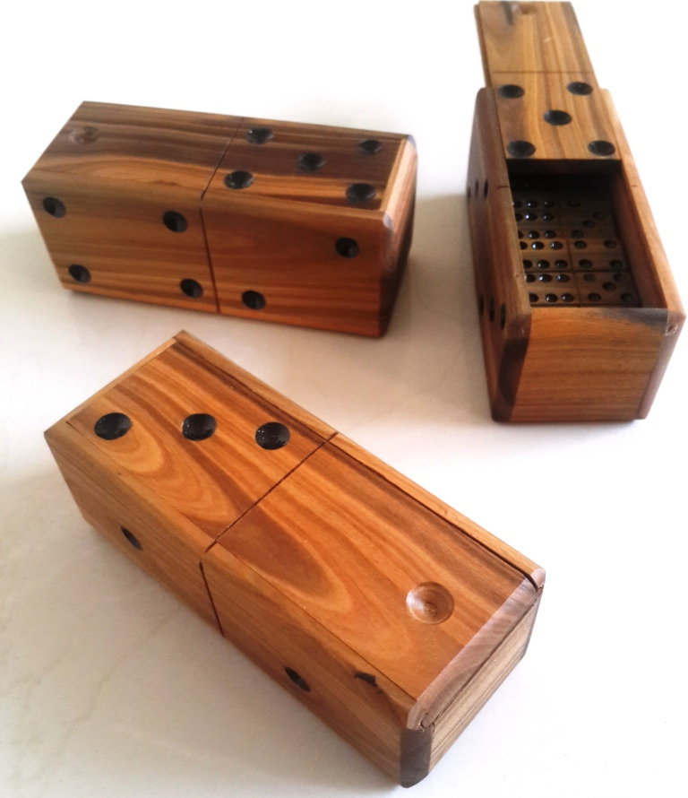 handmade dominoes domino set wooden vintage top box dominoes 454