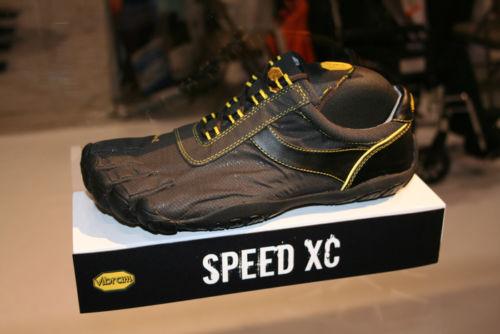 Vibram Fivefingers Speed XC Mens Waterproof Running Shoes